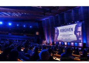 """Avant-première du film """"Forgiven"""" avec Forest Whitaker à l'UNESCO"""