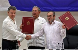 Ceasefire between FARC and the government of Colombia is sealed in Cuba