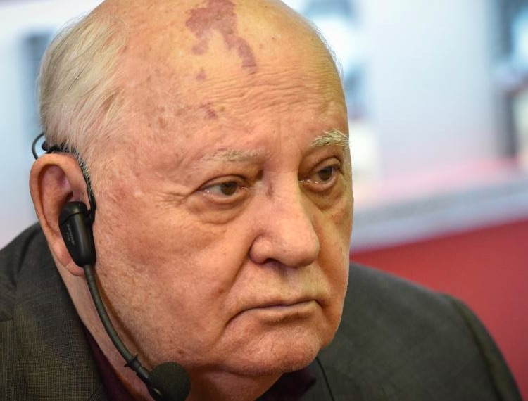 Gorbachev: Nuclear Weapons Putting World In 'Colossal Danger'