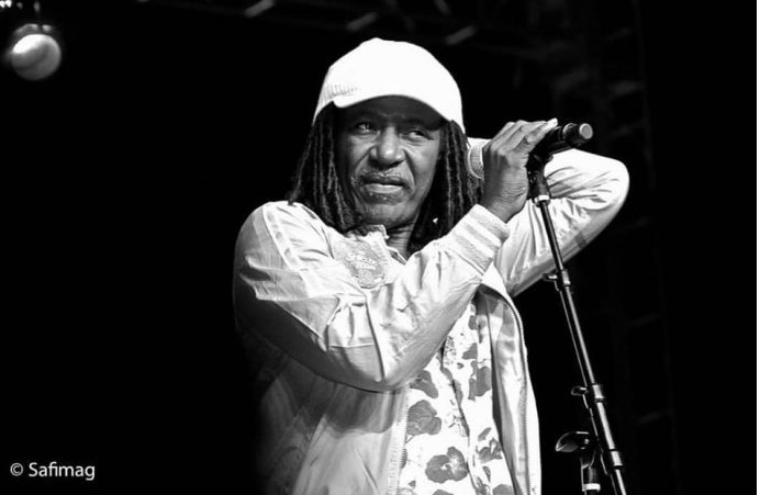 "Alpha Blondy in concert in Daloa, Côte d'Ivoire: ""Don't let politics divide us"""