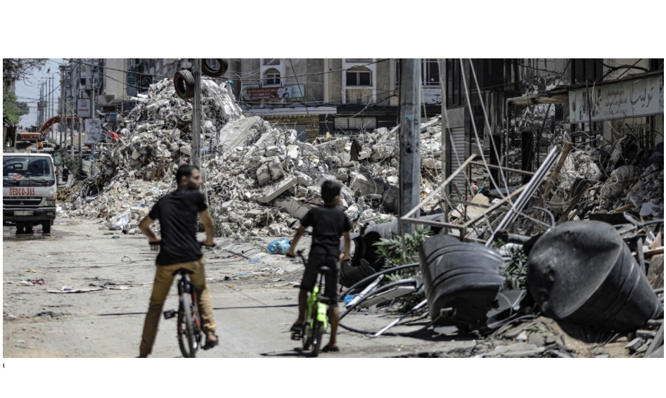 Ceasefire can't hide scale of destruction in Gaza, UN warns, as rights experts call for ICC probe