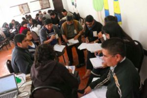 Bolivia: Los conciliadores se forman a contrarreloj en cultura de paz