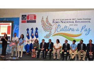 República Dominicana: El Ministerio de Educación pone en marcha foro estudiantil por una cultura de paz