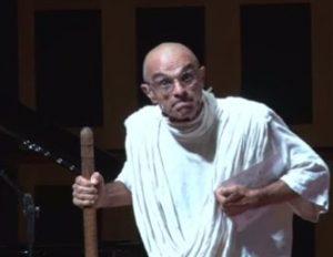 Brasil: Monólogo gratuito de Mahatma Gandhi trará da Cultura de Paz, no Teatro Municipal de Barueri