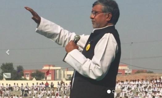 El Premio Nobel encabeza una épica marcha por toda India para proteger a los niños