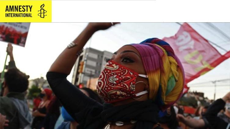 Informe anual de Amnistía Internacional : La COVID-19 golpea con especial dureza a las personas atenazadas por la opresión como consecuencia de las desigualdades, el abandono y los abusos sufridos durante décadas